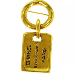 $980 RETAIL GORGEOUS VINTAGE RARE CHANEL BROOCH
